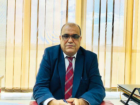 المهندس عبد الحكيم الدالي مدير مكتب السلامة المهنية بشركة الشرارة الذهبية للخدمات النفطية