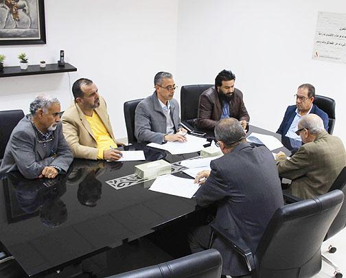 اجتماع لغرض تجديد وتطوير العقود المبرمة بين شركة الشرارة الذهبية والمحطات التابعة لها