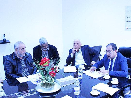 اجتماع لمناقشة العقود المبرمة بين شركة الشرارة الذهبية والشركات الناقلة للوقود