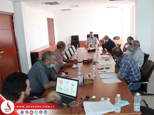 اجتماع لاستعراض نشاط إدارة العمليات والصيانة