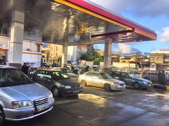 صورة ثانية - افتتاح محطة الوقود رقم 55 بمنطقة راس حسن